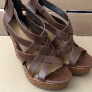 Brown Zodiac 9.5M wedges